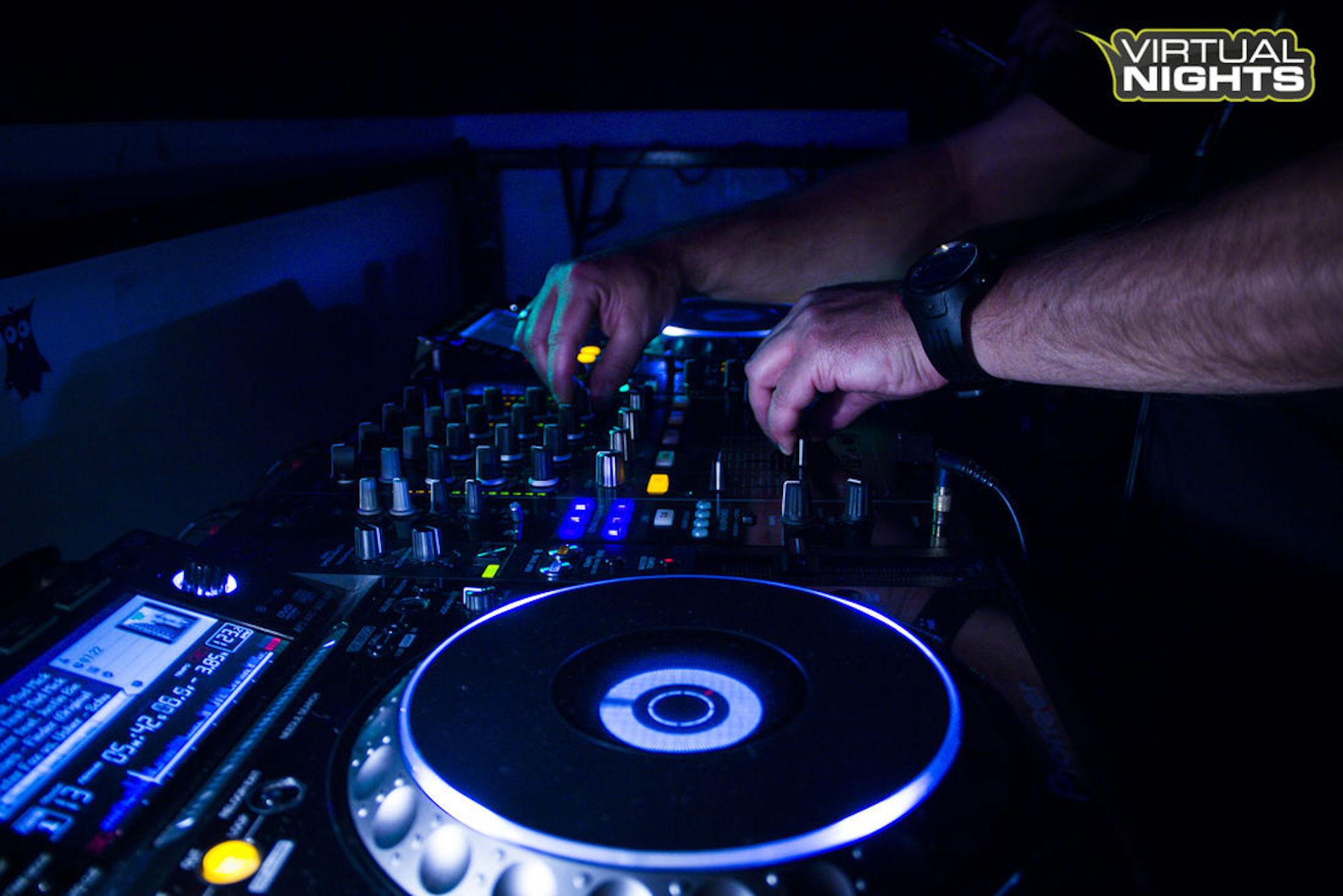 DJ - After Work Club - das Original aus Hamburg